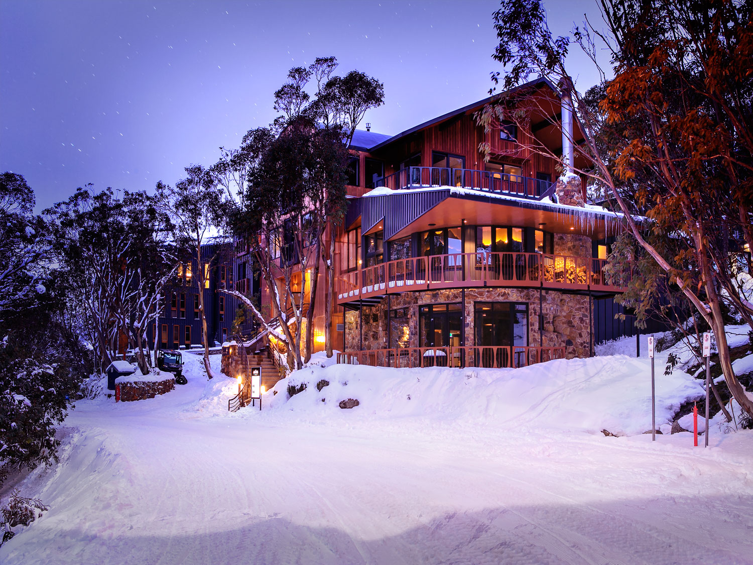 ski lodge in winter - photo #45