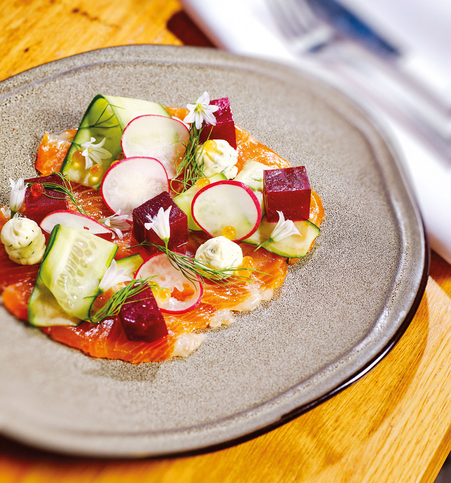 Balmy Summer Nights at Canvas Eatery