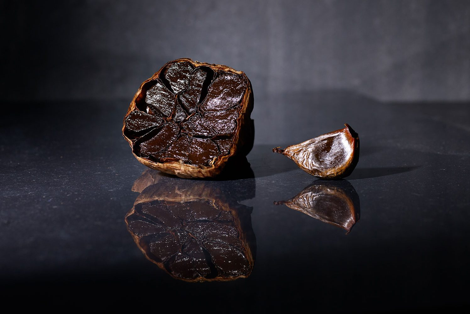 Garlicious® Grown black garlic