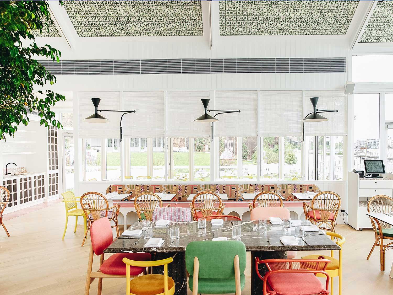 ARC Dining Interior