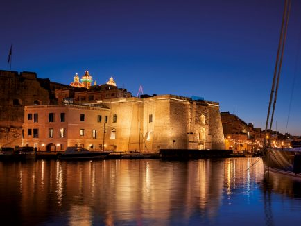 Cugó Gran Maċina Grand Harbour, Malta